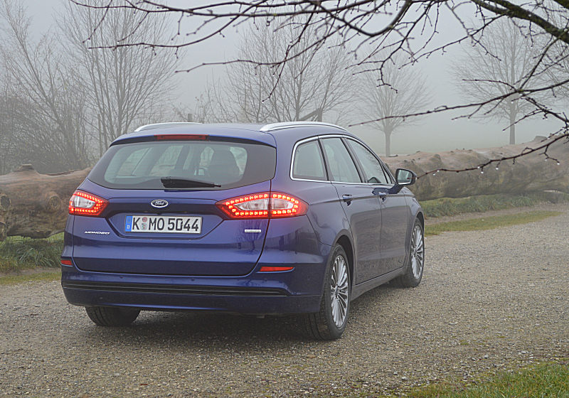 Ford Mondeo Turnier 02