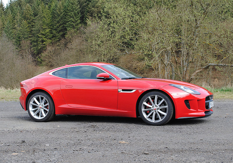 Jaguar F-Type Coupé 04
