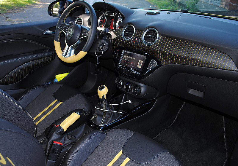Opel Adam Rocks 03