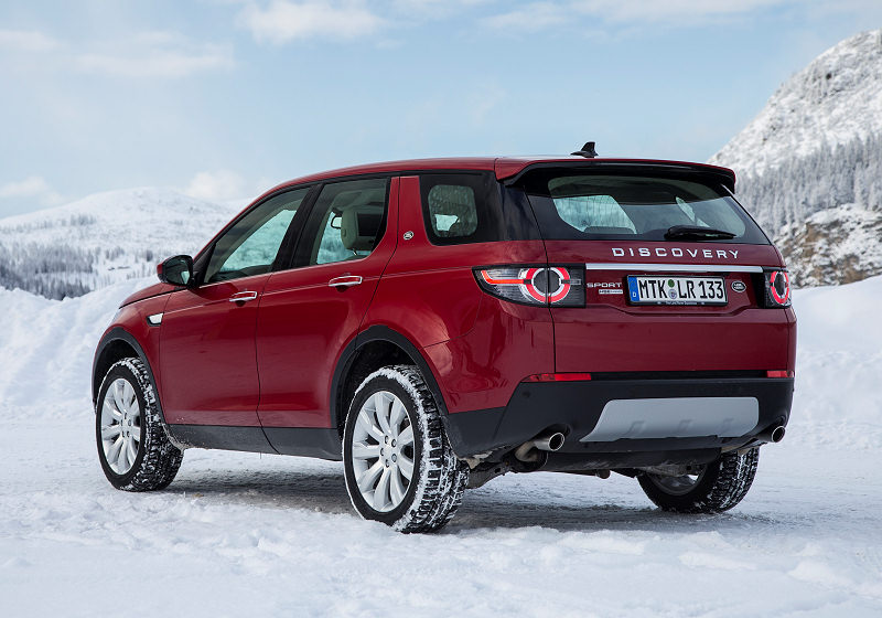Land Rover Discovery Sport 03