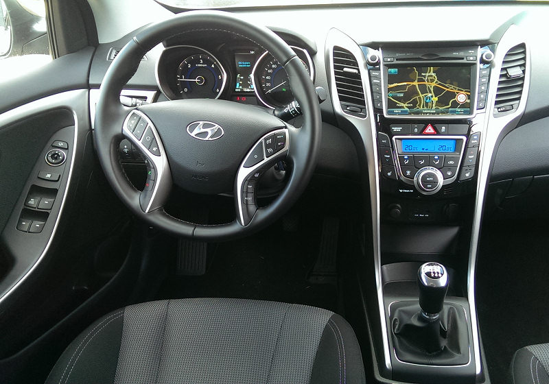 Hyundai i30 2014 02