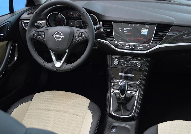 Opel Astra Sitz 10