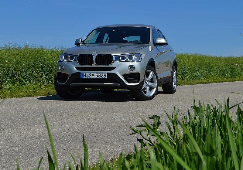 BMW X4 01