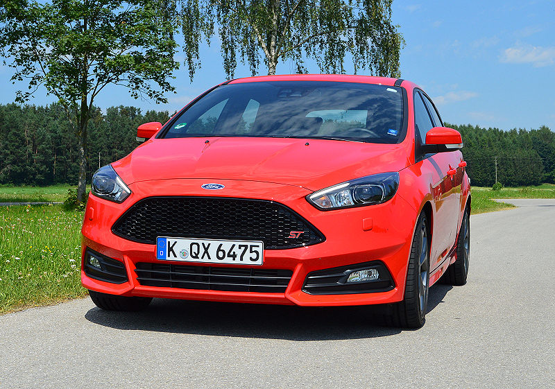 ford focus st mit dieselpower carwalk. Black Bedroom Furniture Sets. Home Design Ideas