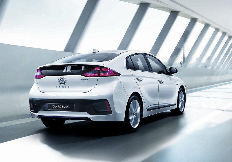 Hyundai Hybrid 01