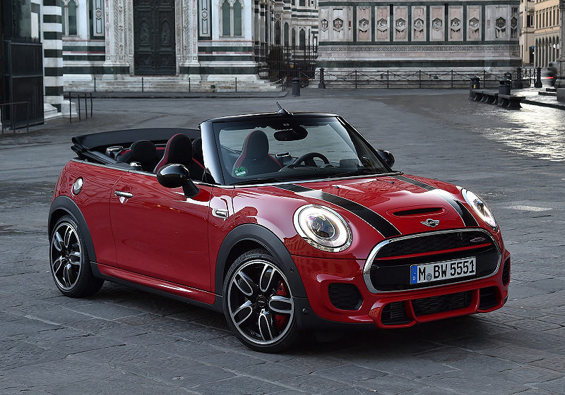 mini john cooper works cabrio carwalk. Black Bedroom Furniture Sets. Home Design Ideas