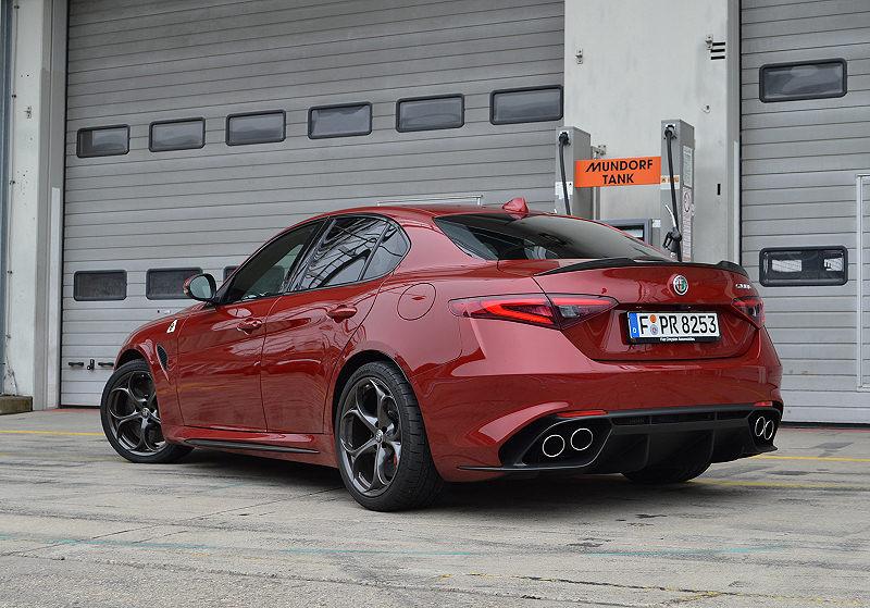 Alfa Giulia 13