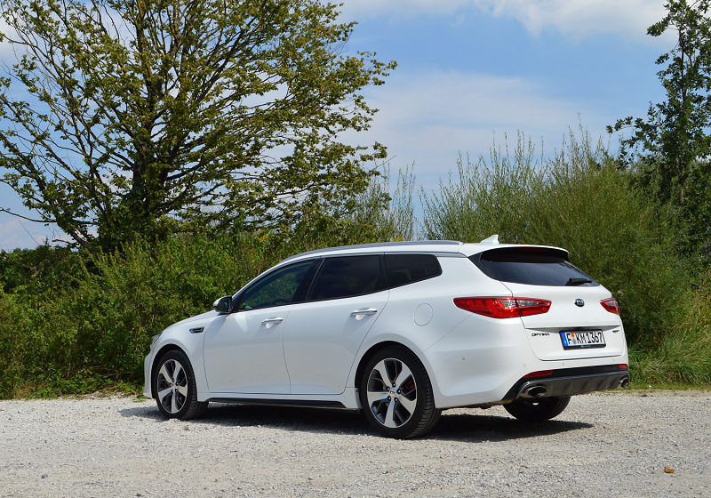 Kia Optima Sportswagon 08
