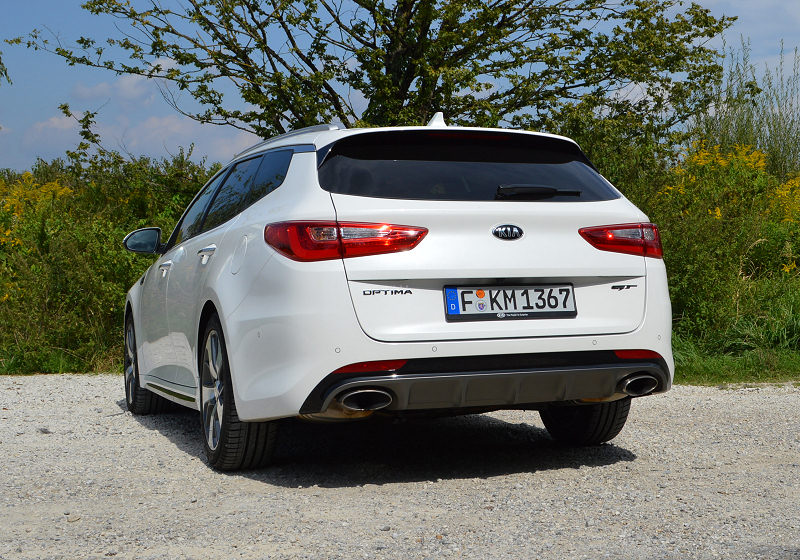 Kia Optima Sportswagon 09