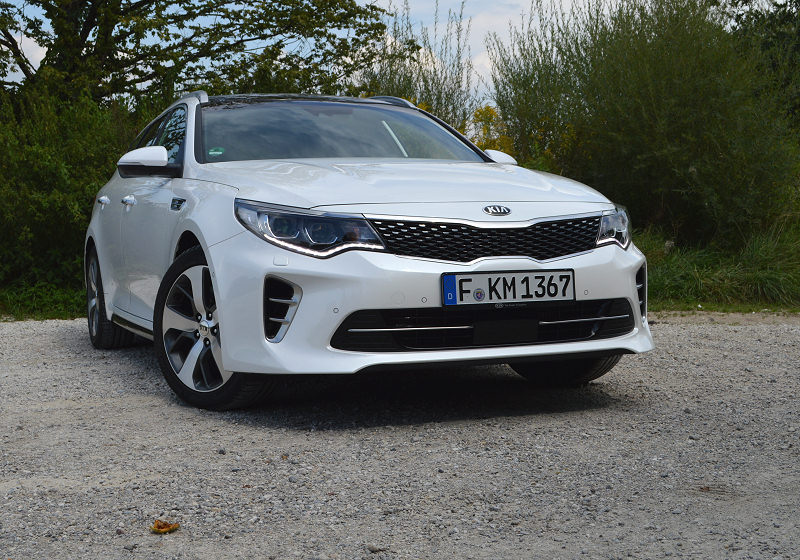 Kia Optima Sportswagon 13