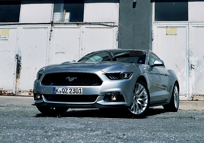 ford-mustang-gt-09