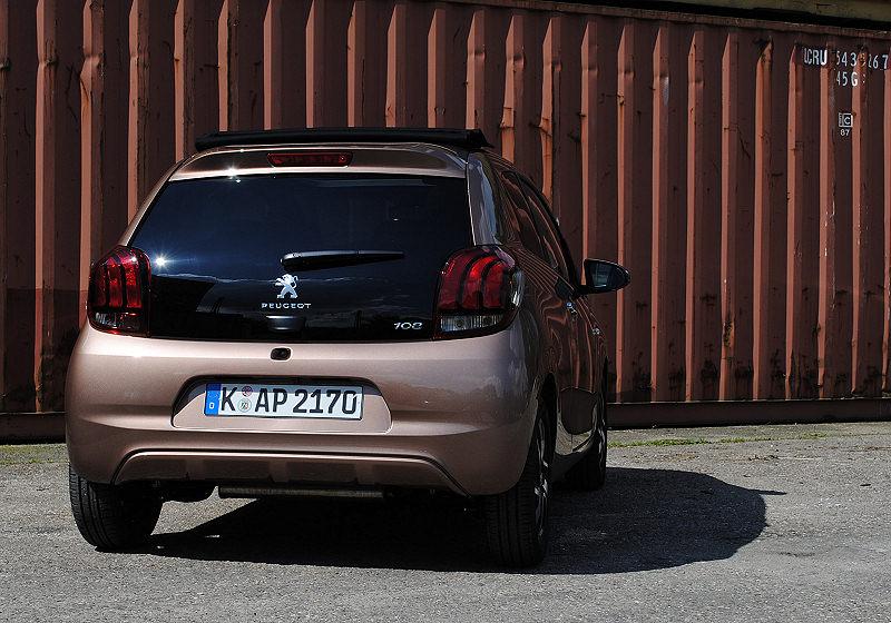 Peugeot 108 08