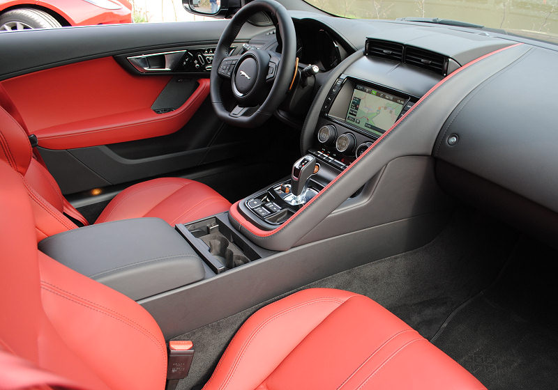 Jaguar F-Type Coupé 03