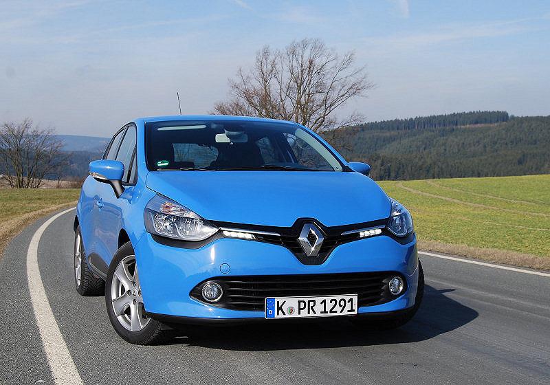 Renault Clio 01