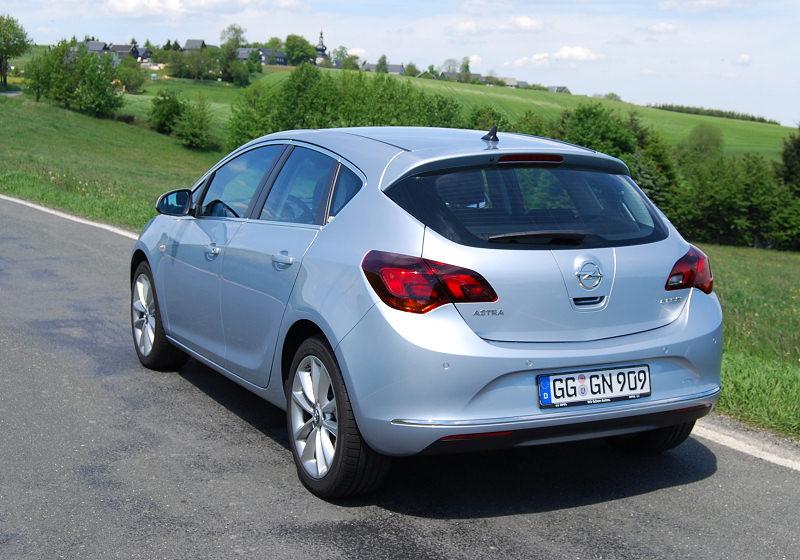 Opel Astra 1.6 CDTi 06