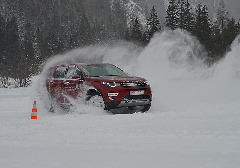 Land Rover Discovery Sport 06