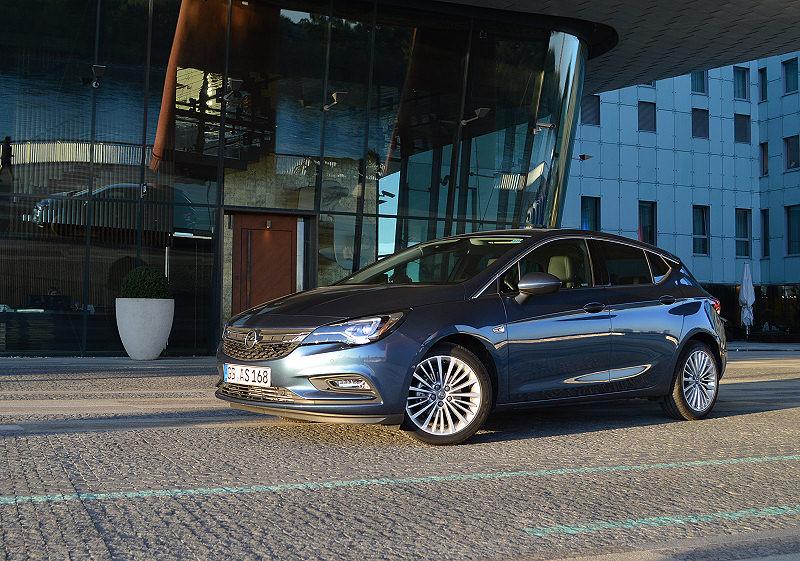 Opel Astra 03
