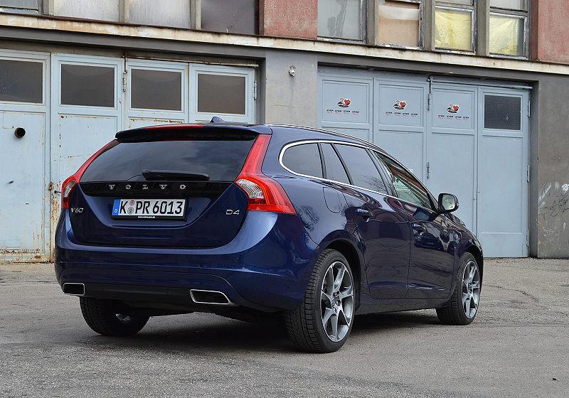 Volvo V60 D4 14