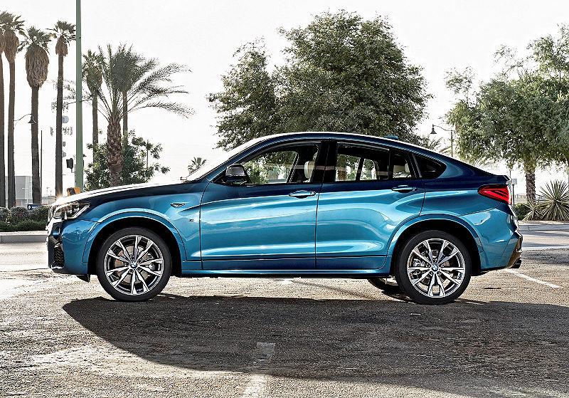 BMW X4M 01