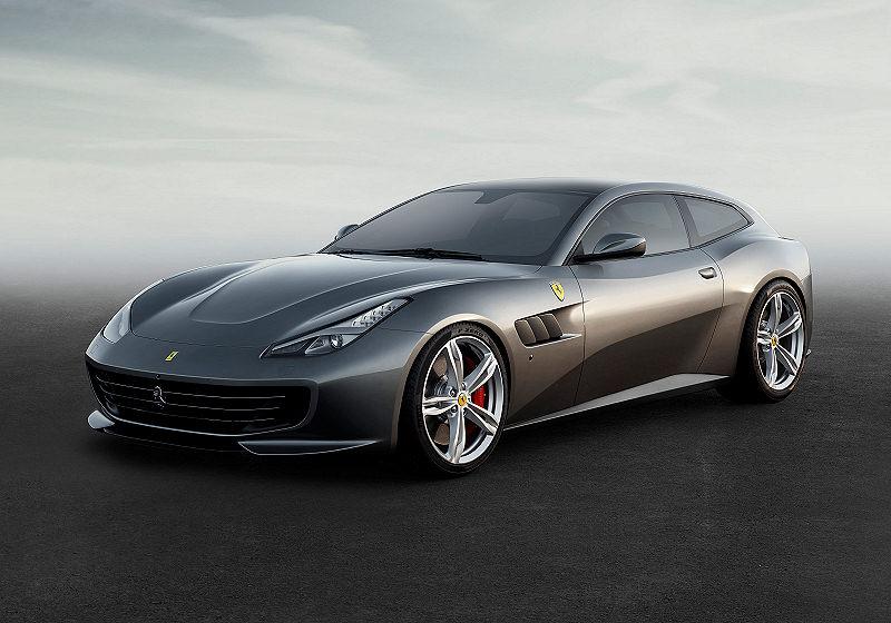 Ferrari GTC4Lusso 01