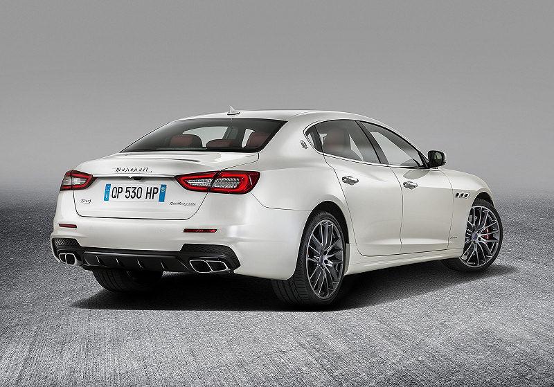 Maserati Quattroporte 04