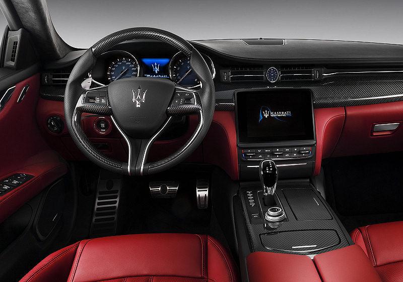 Maserati Quattroporte 06