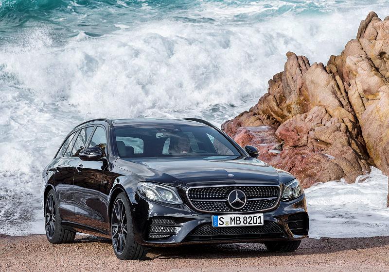 Mercedes-AMG E T 01