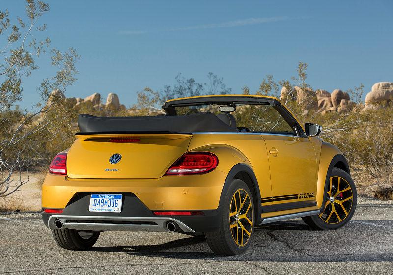 VW Beetle Dune Cabrio 04