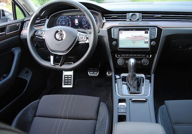 VW Passat Alltrack 04