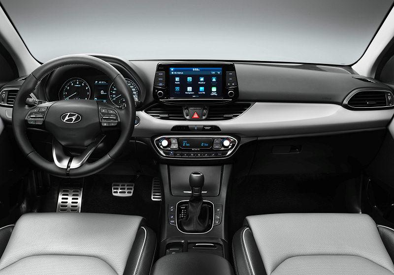 Hyundai i30 03