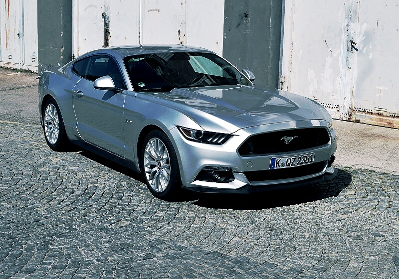 ford-mustang-gt-04