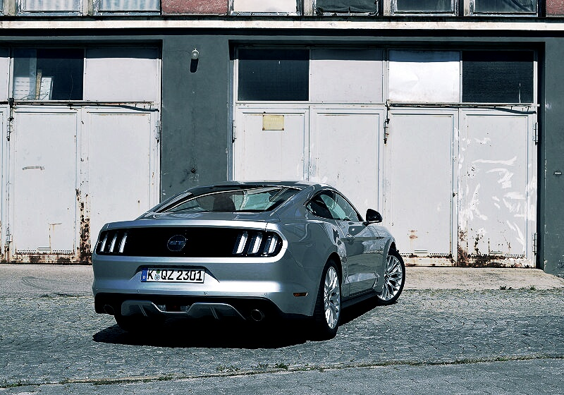 ford-mustang-gt-14