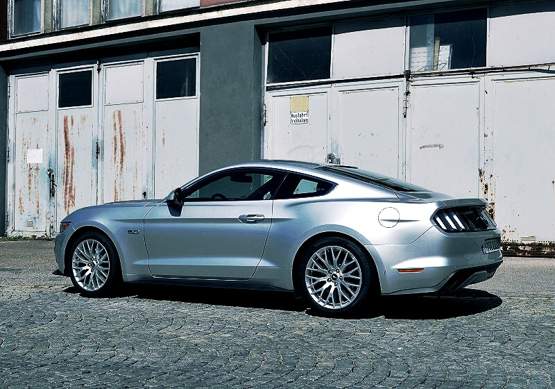 ford-mustang-gt-15