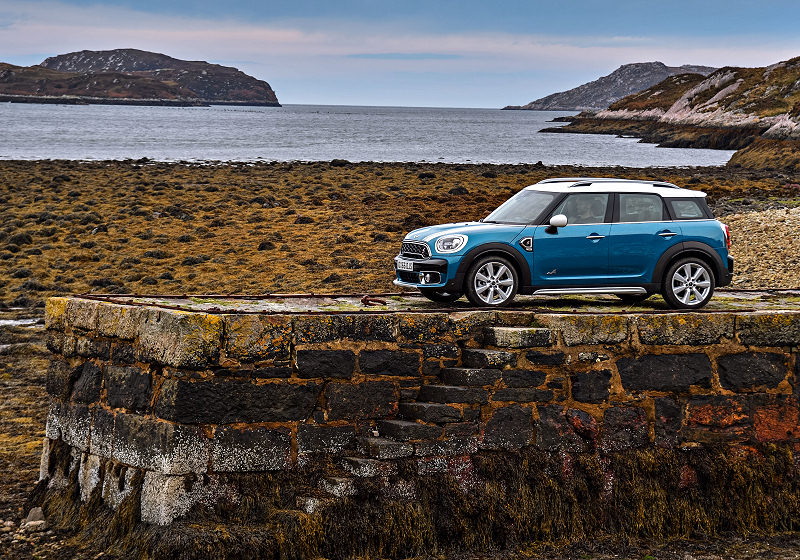 mini-countryman-01
